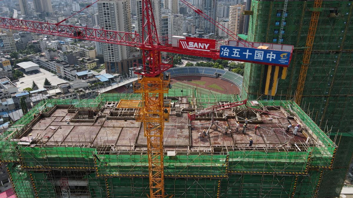 9#楼屋面层混凝土浇筑施工.png